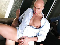 Paul Fresh Scores a Video Sexual intercourse Virgin To Anal Fuck - BigDaddy